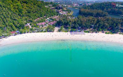 Най Харн – самый известный пляж района Раваи